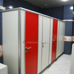 Сантехнические перегородки серии «Стандарт»: доставка по Новосибирске │ Сантехнические перегородки